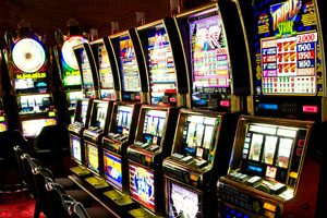 Roulette and Slots Online Casino
